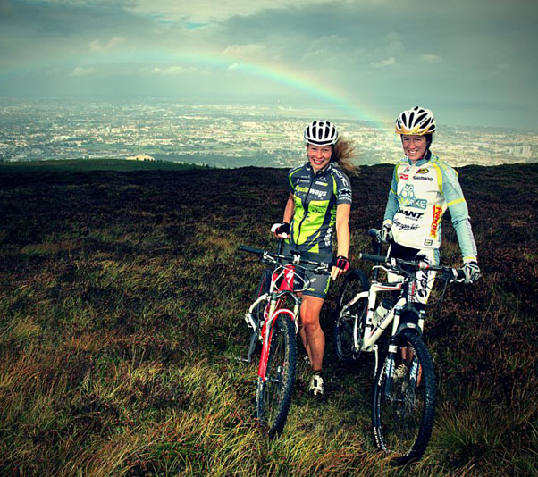 Mel Spath and Cait Elliott in the Wicklow hills above Dublin (Photo: Maciej Staroniewicz)