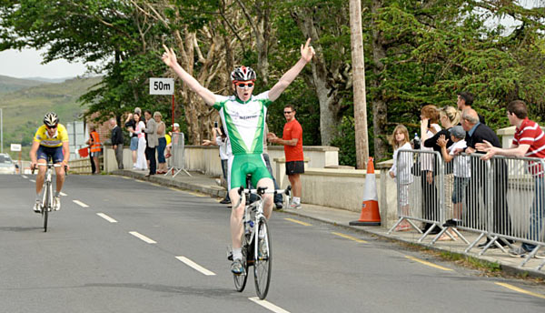 Cormac Clarke of Cycling Ulster beats yellow jersey Sean Hambrook for stage 3 on Saturday afternoon (Photo: Marian Lamb – Cycling Ulster). We will bring you photos from today's final stage as soon as we can.
