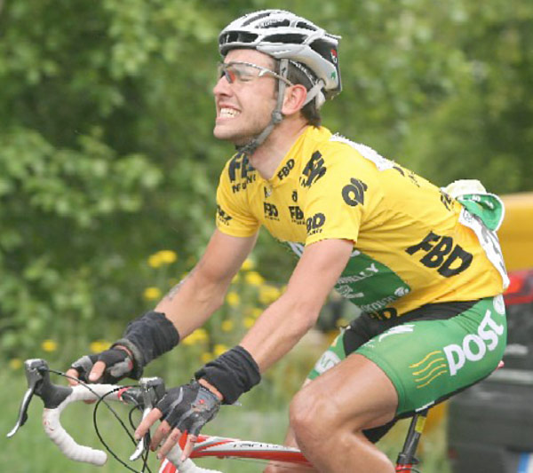 Cassidy battled on after his 2008 Rás crash but was forced to retire mid stage while leading