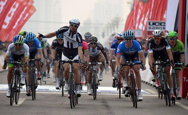 Photo: Dan Martin's hopes of winning the Tour of Beijing outright are still intact after he got through the opening stage won by Luka Mezgec of Giant-Shimano.