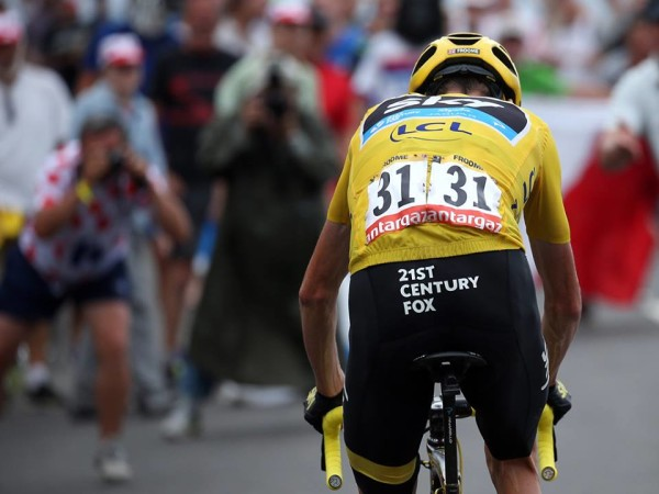 Chris Froome s data compared to former Irish pro Ciaran Power s ... 67874ce0d