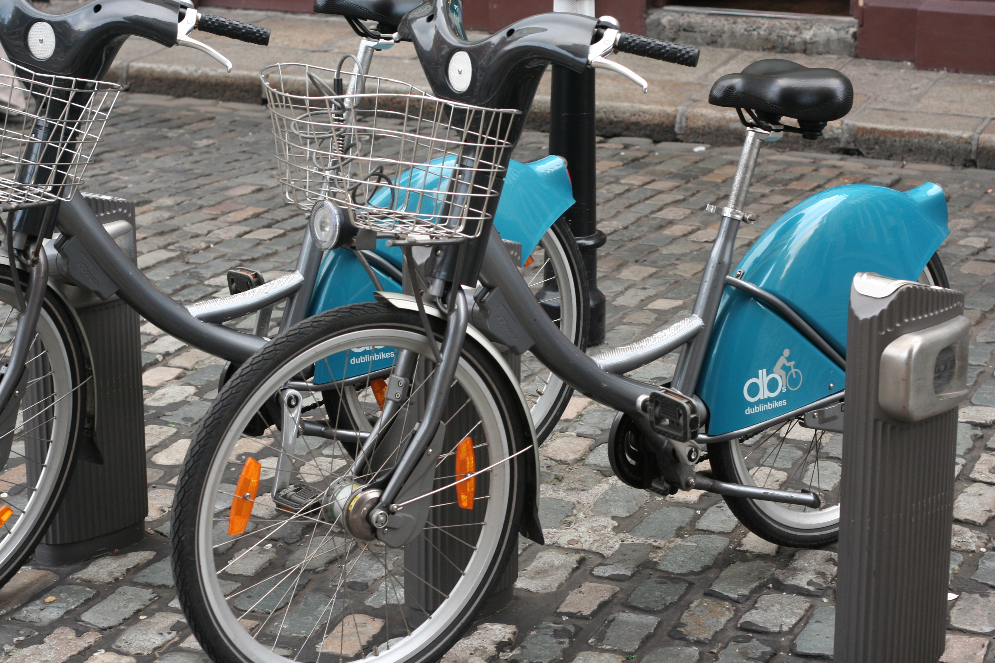 Stationless bike-hire scheme to operate in dublin city.