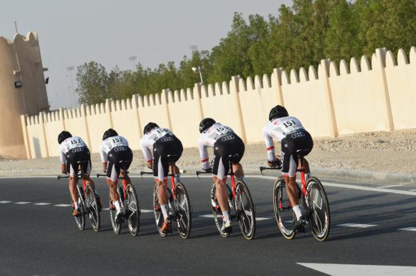 09-10-2016 World Championship Team Time Trial; 2016, Skydive - Dubai;