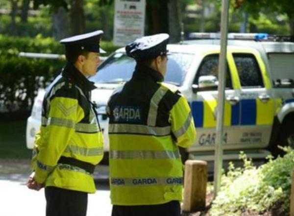 cyclist cash robbery Dublin