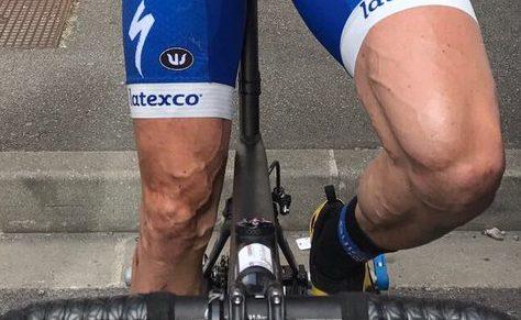 Dan Martin's incredibly ripped legs