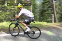 Michal Kwiatkowski has to stop on Col d'Izoard