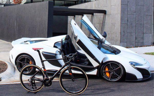 Factor O2 bike