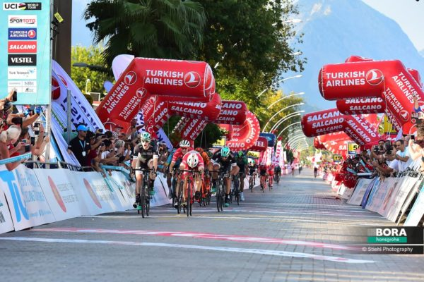 Sam Bennett wins stage 1 Tour of Turkey