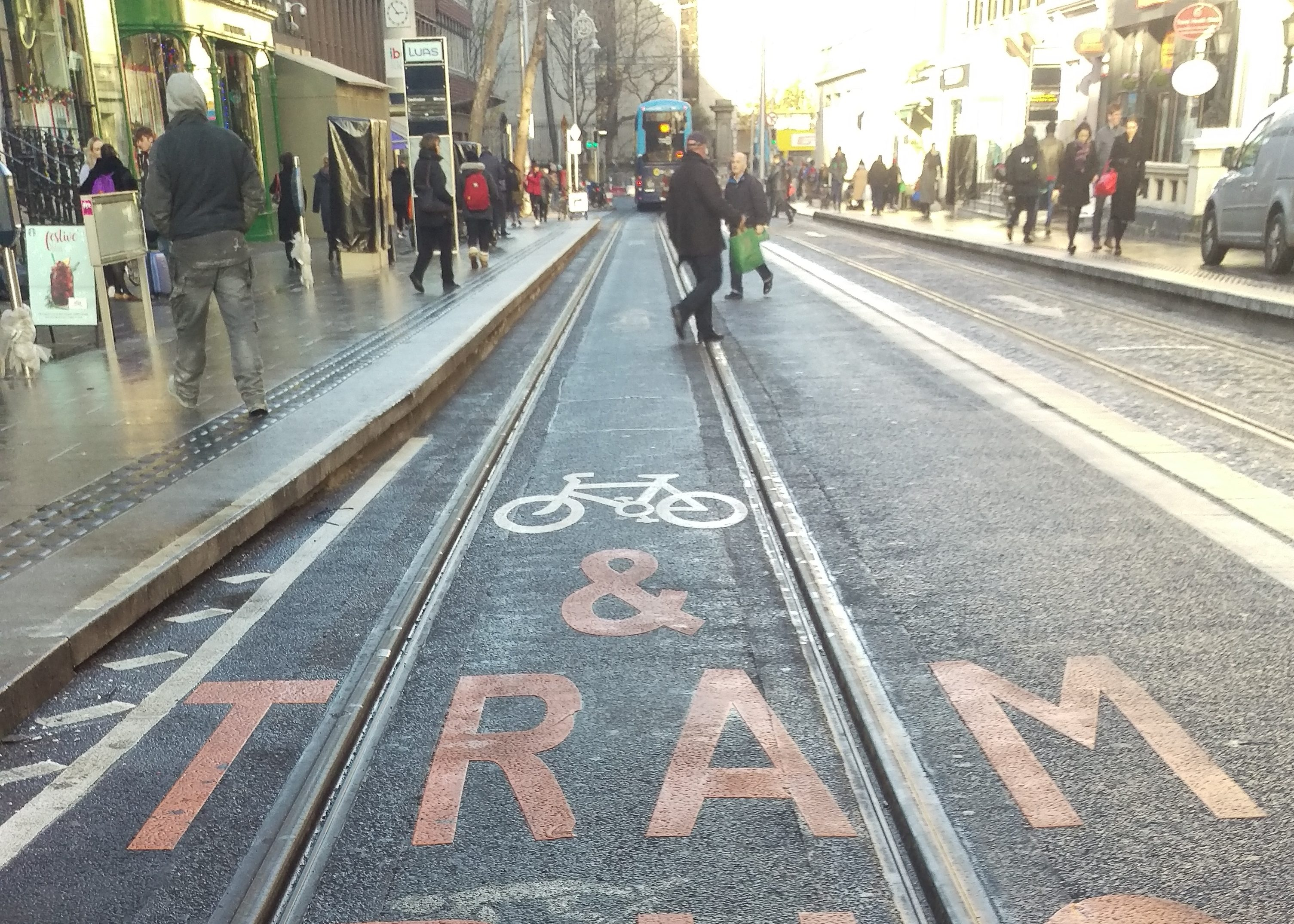 Luas guidelines cyclists