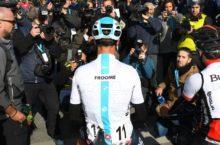 Chris Froome blocked Tour de France image