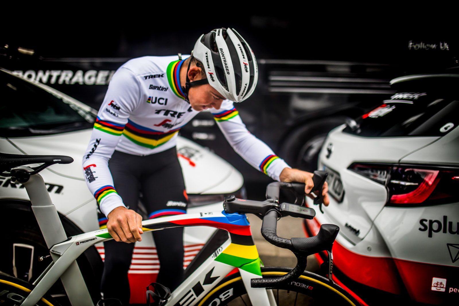 Mads Pedersen Unveils New World Champion S Look And Trek